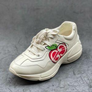 GUCCI kids Apple print sneakers